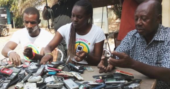 Nabywcy elektroniki pomogą w walce z toksycznymi e-śmieciami